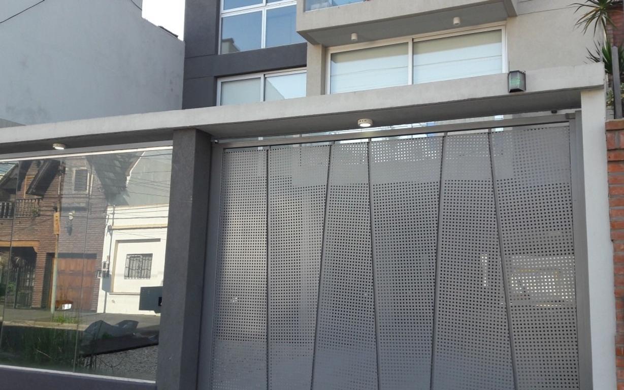 Moderno Monoambiente en Villa Sarmiento. A ESTRENAR !! Último disponible !! APTO PROFESIONAL.