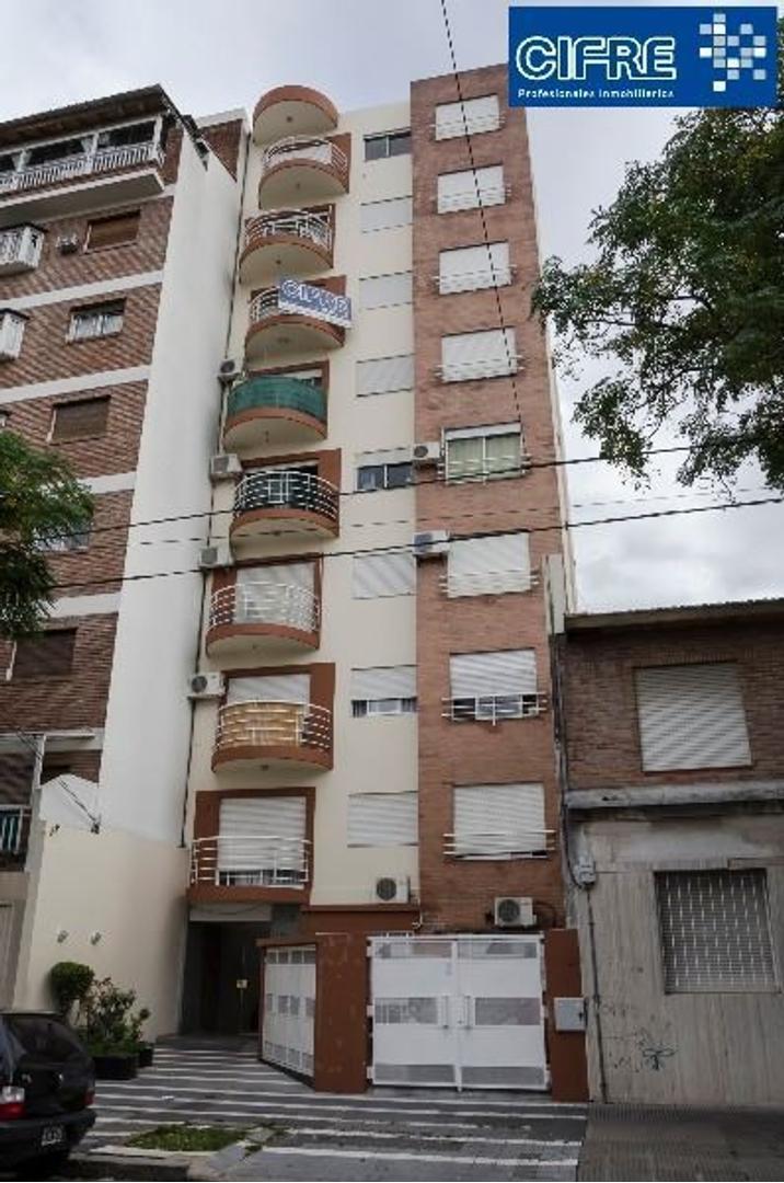 Depto 3 amb al frente con balcon y cocina separada (Suc. Mosconi 4574-4444)