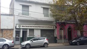 AVELLANEDA CENTRO - CASA EN 2 PLANTAS APTA DESTINO COMERCIAL