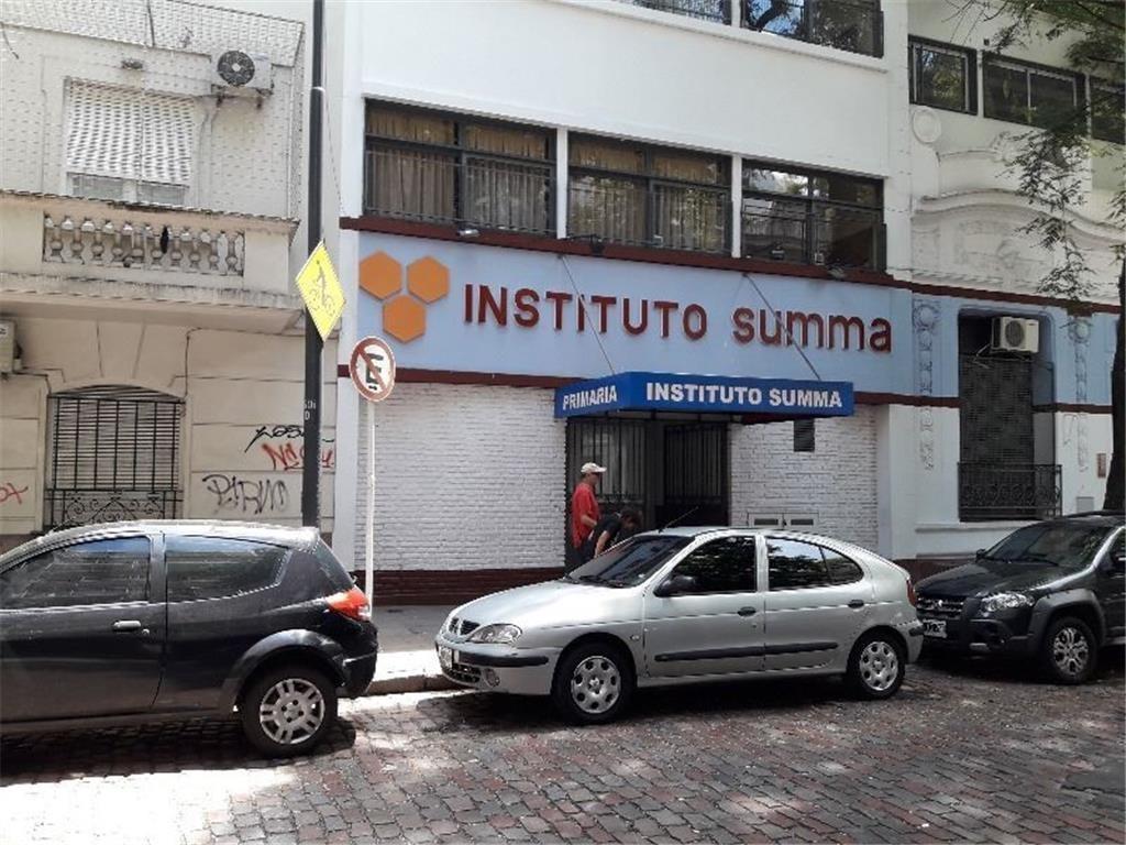 CUATRO AMBIENTES LUMINOSO - 2do PISO ESCALERA - TODO INCLUIDO