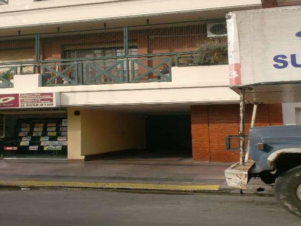 Departamento 5 ambientes Ramos Mejia Sur