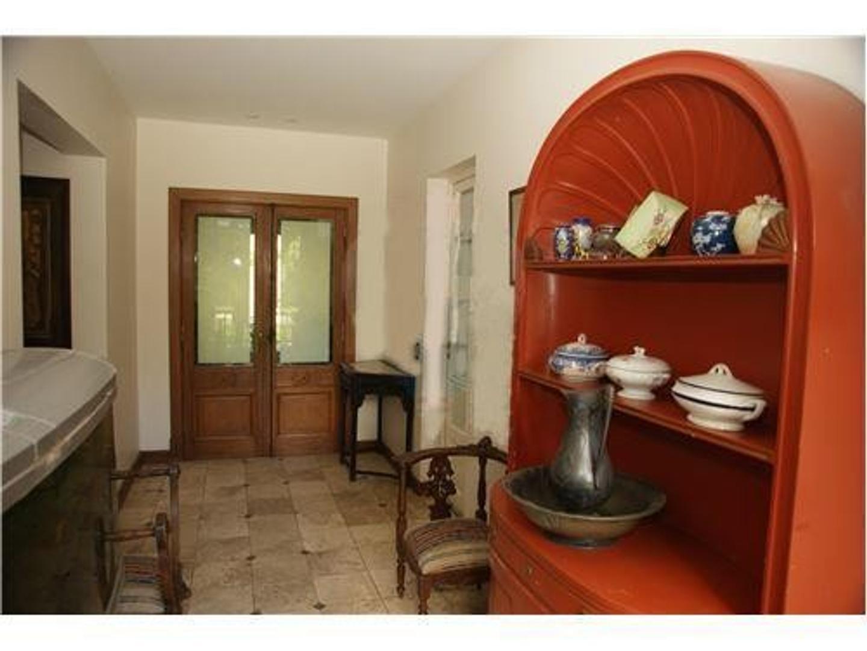 Casa - 390 m² | 5 dormitorios | A Estrenar