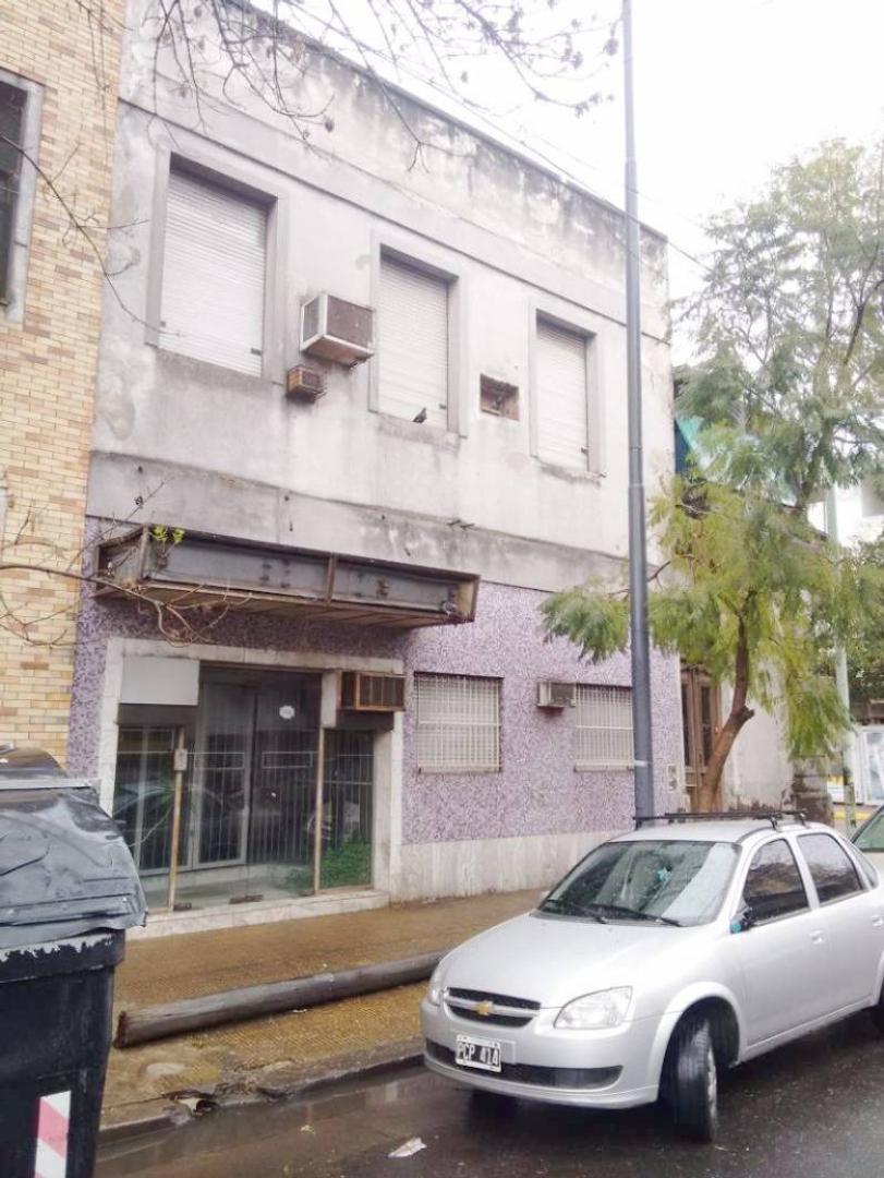 Casa LOTE PROPIO a refaccionar