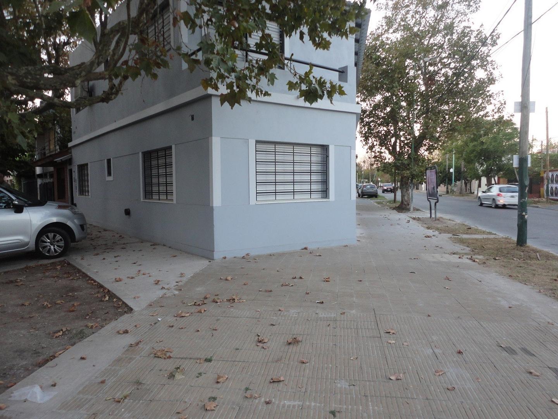 Departamento en Alquiler en Lomas De Zamora - 3 ambientes