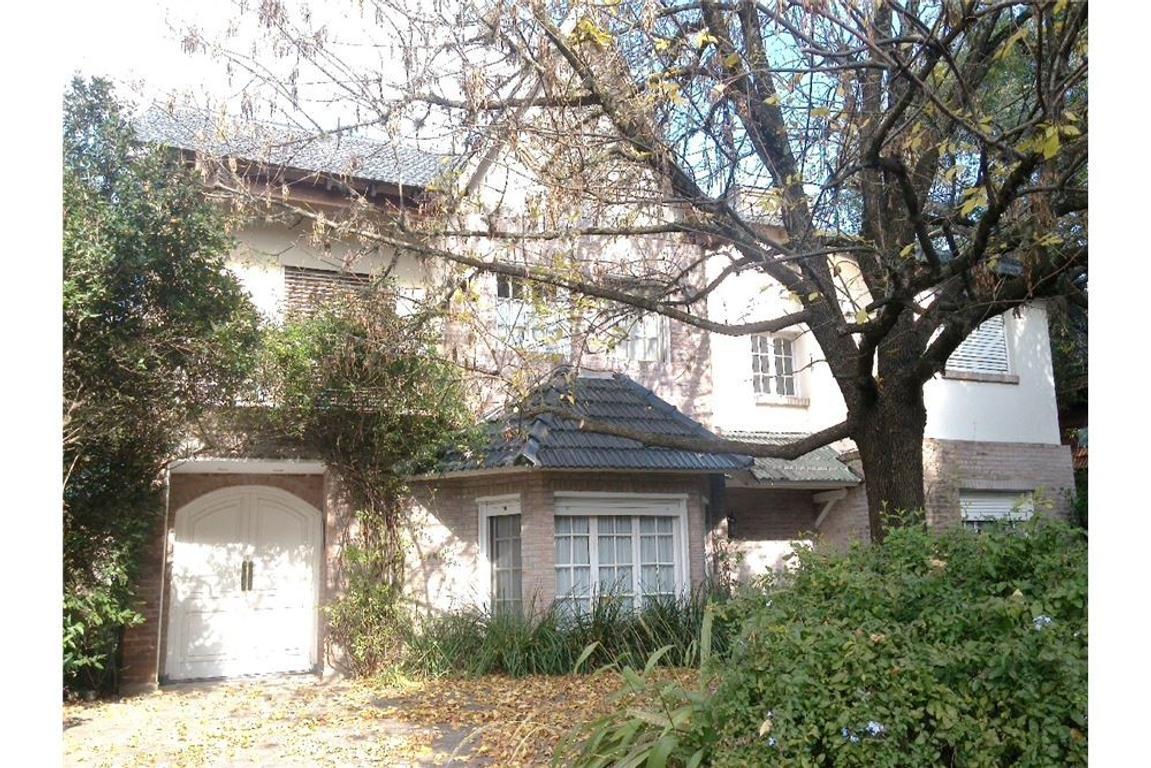 Excelente casa en Pilar del Lago