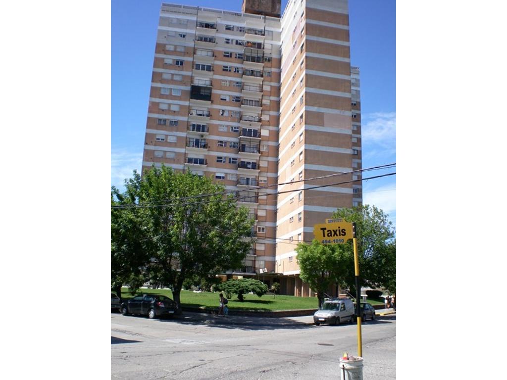 2 ambientes edificio torre Barrio Sarmiento