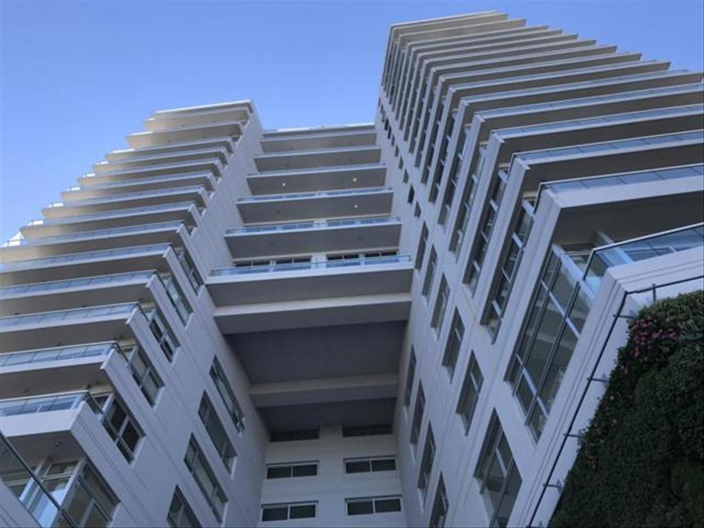 Departamento en Alquiler de 5 ambientes en Buenos Aires, Pdo. de Vicente Lopez, Olivos, Olivos Vias/Rio