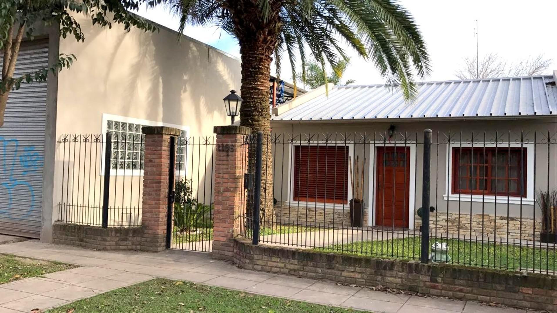 casa c/galpón en zona pueblo