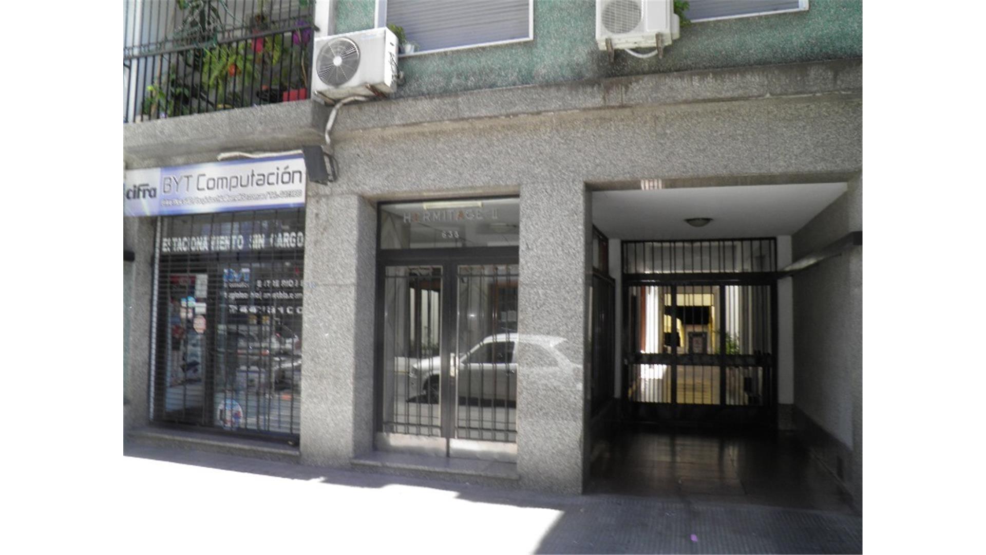 ENTRE RIOS 638 AMPLIO DPTO. 2 DORMITORIOS Y DEPENDENCIAS