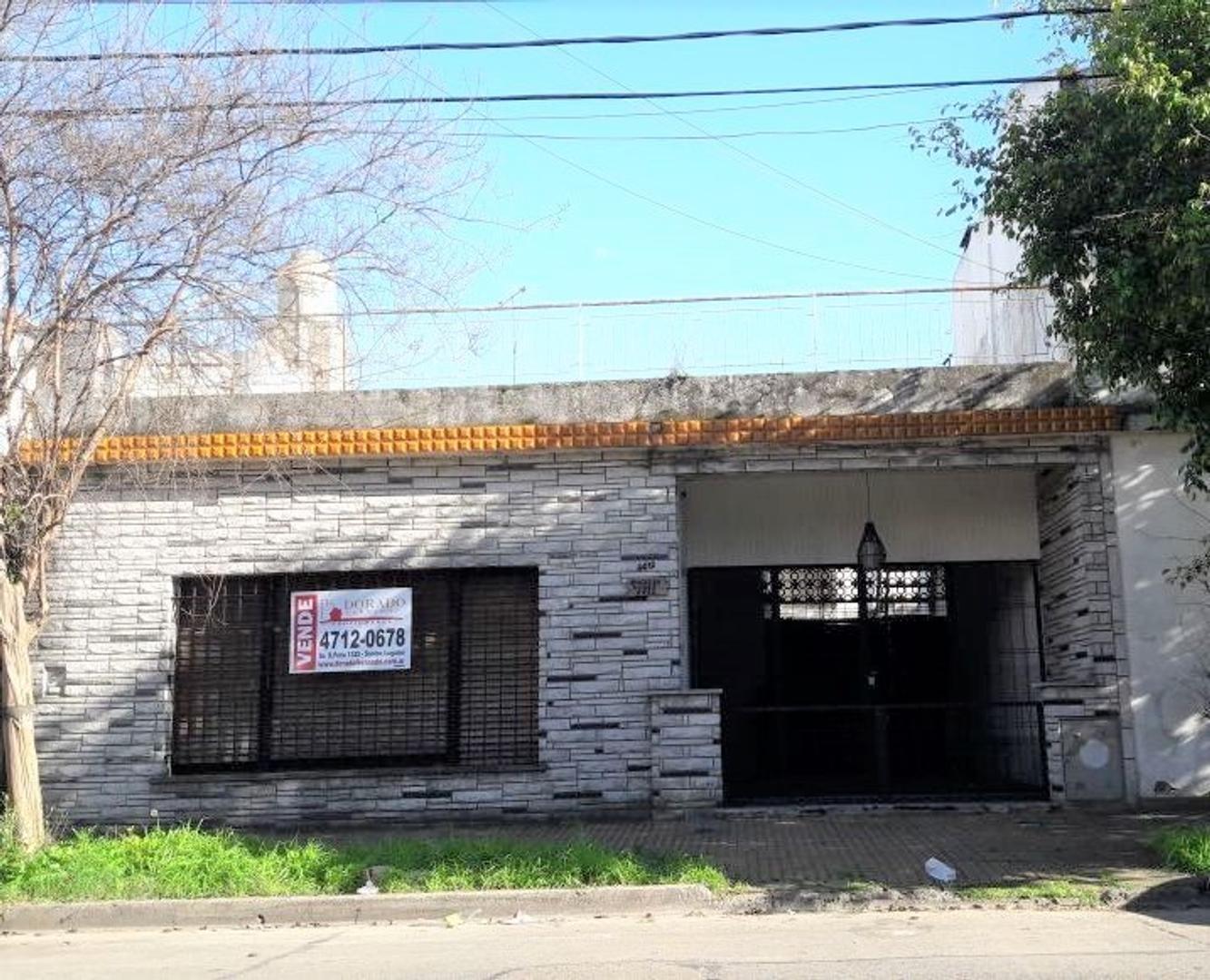 CASA LOTE 9 X 18 - Con garage y Terraza