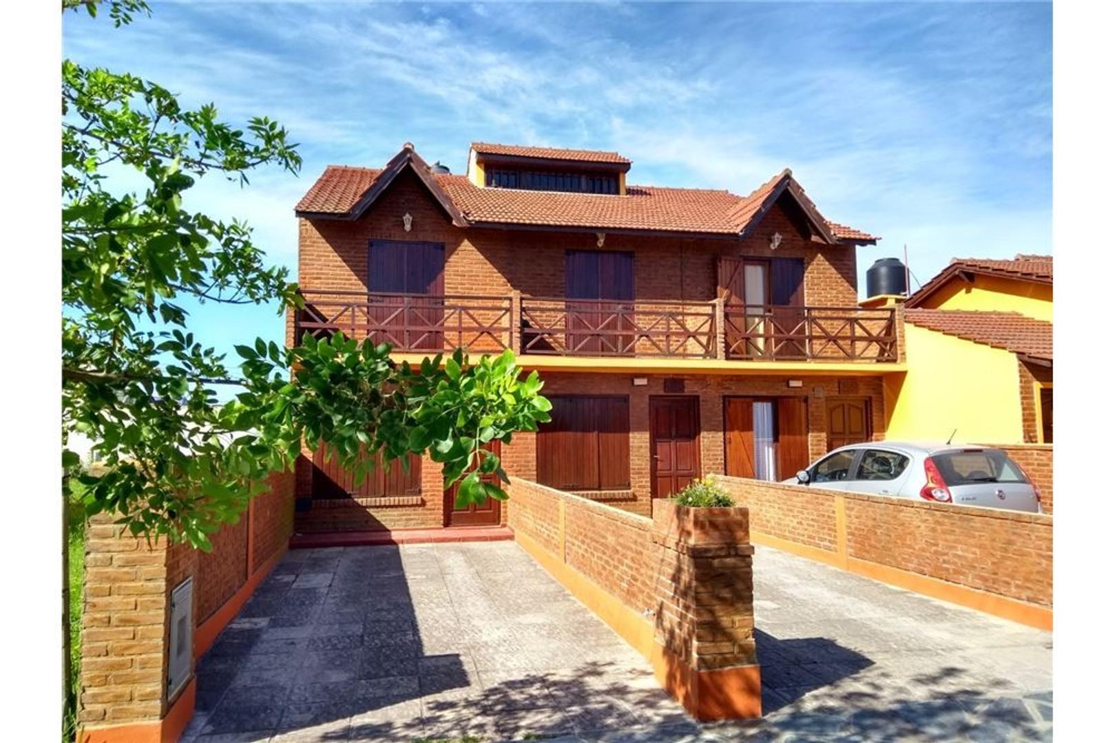 Casa en Venta en Santa Clara Del Mar - 9 ambientes