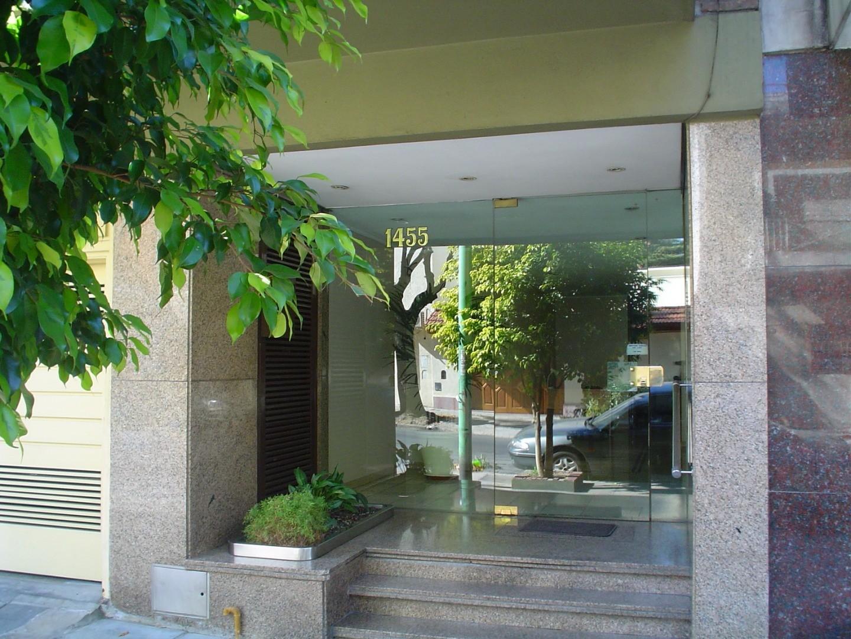 Semipiso 3 ambientes con balcon , baño y toillete