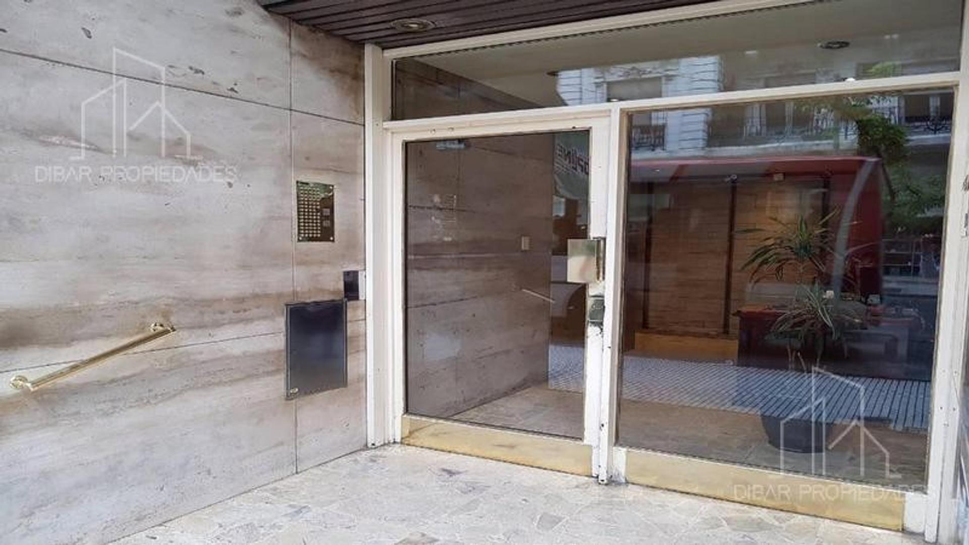 Departamento de 3 ambientes en venta con cochera en Almagro