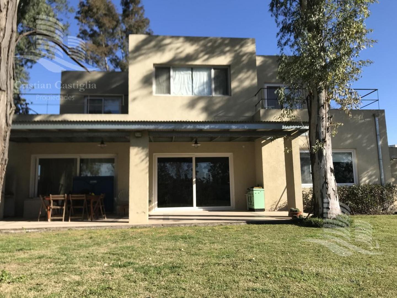 Casa en Alquiler en El Encuentro - 6 ambientes