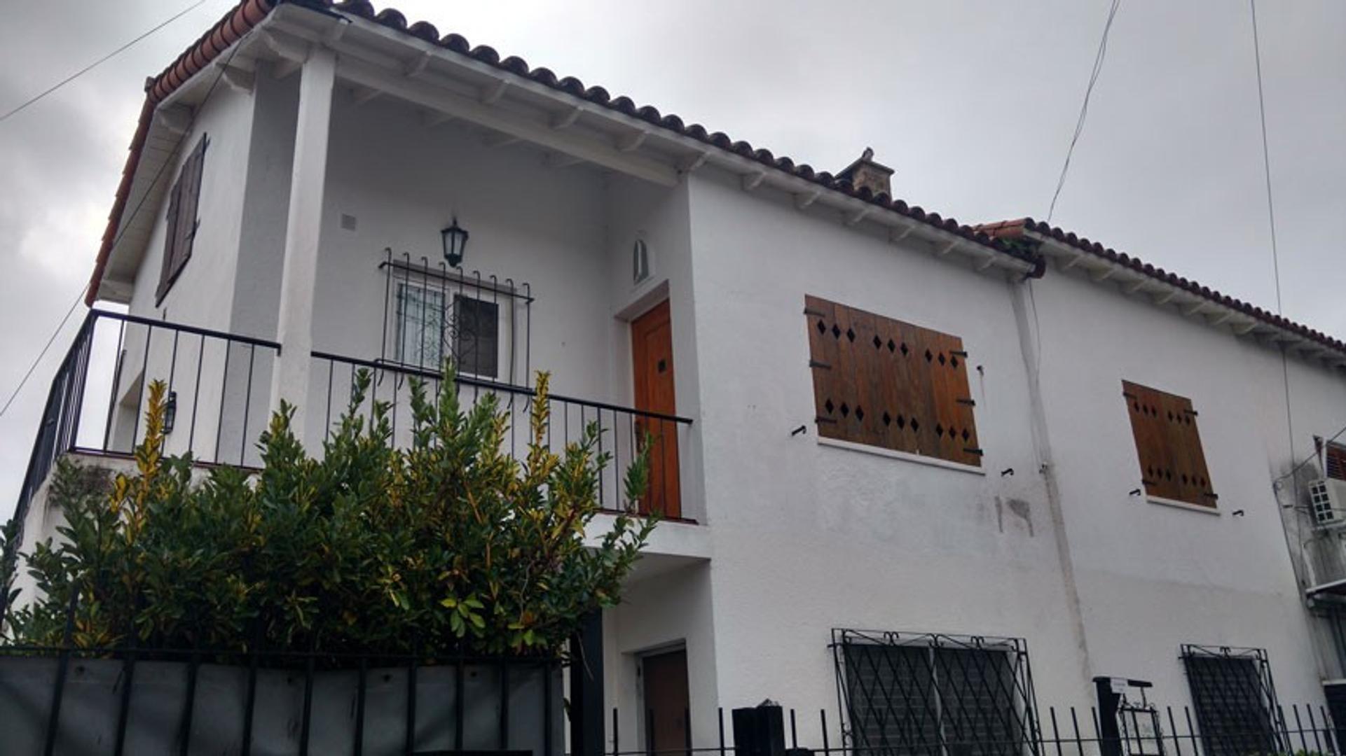 Circ. 1ª Secc. 4ª. Barrio 200 viviendas - Depto. + Casa. U$S 165.000.- Apto Crédito.