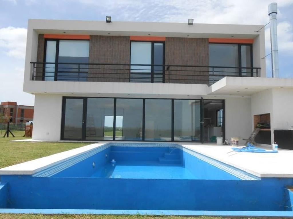 Puertos - Venta Excelente casa a extrenar - Al Agua