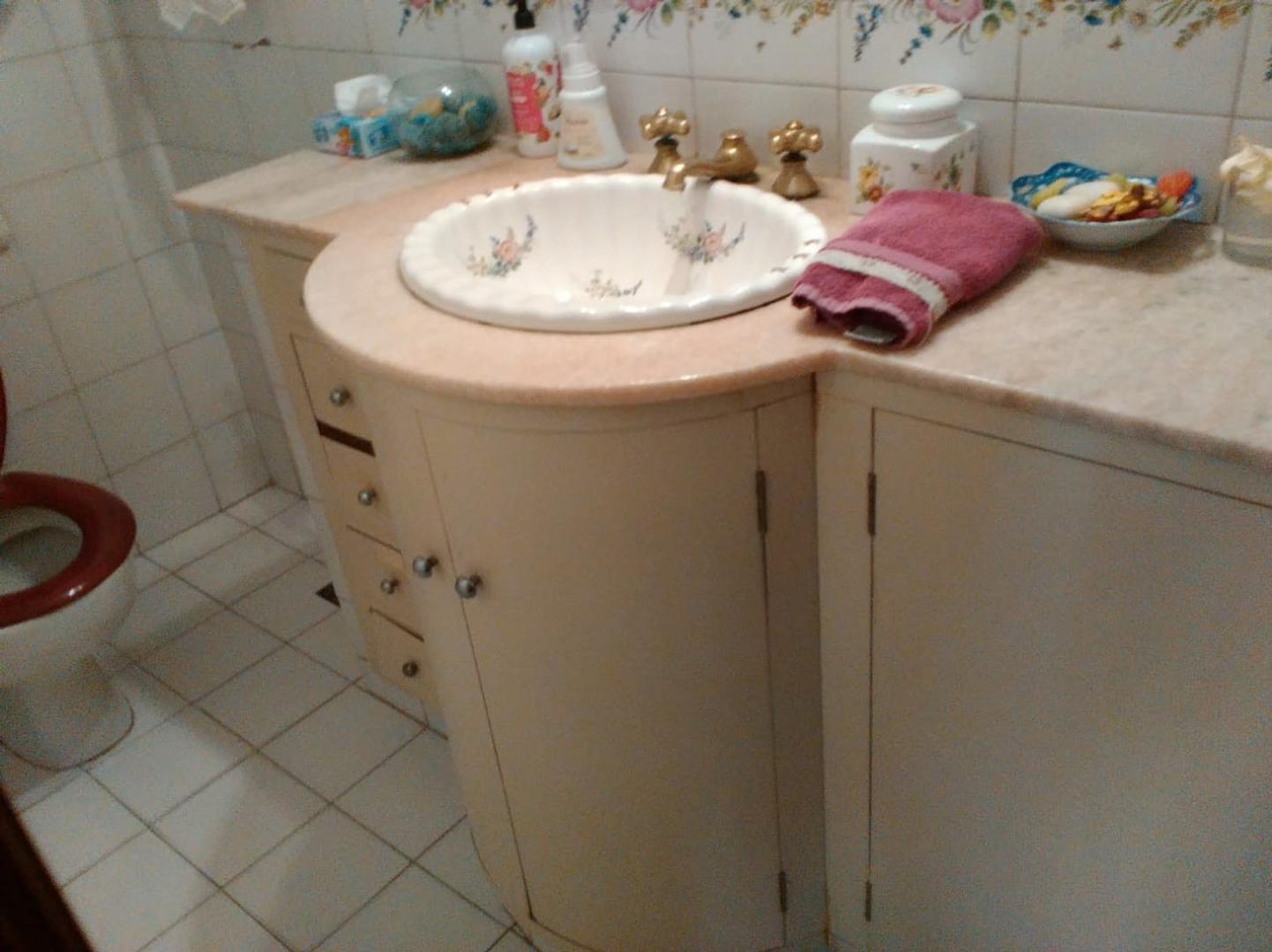 Casa - 4 dormitorios | 2 baños