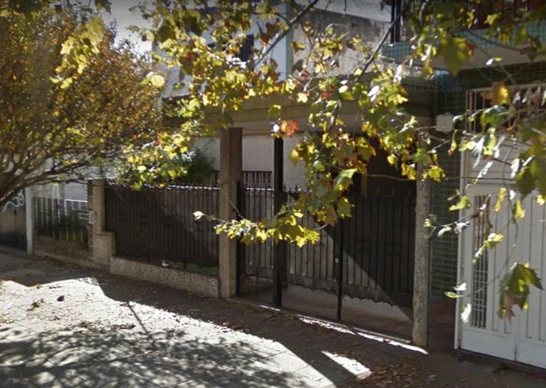 Nuevo precio - Impecable Casa 3 Amb 150 m² - Perdiguero Al 2100 - Caseros
