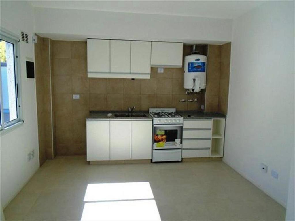 Departamento tipo casa en Venta de 3 ambientes en Capital Federal, Almagro
