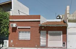 Alquiler casa de 3 amb. en Lanús Este.