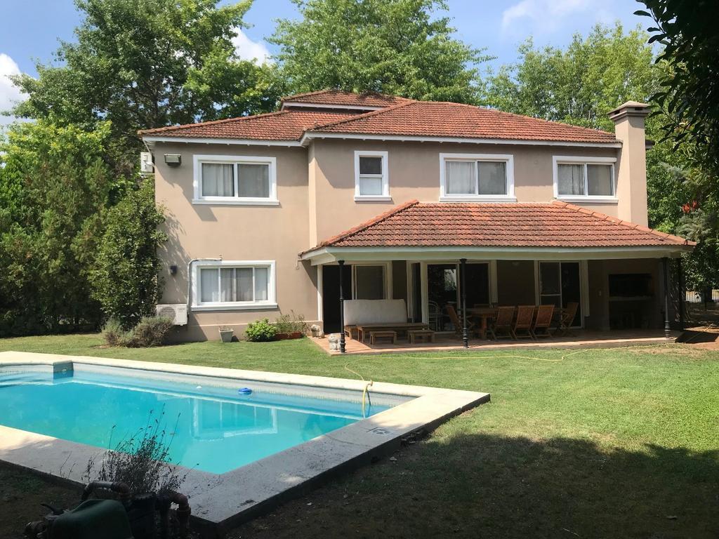 Casa en venta en Ayres de Pilar