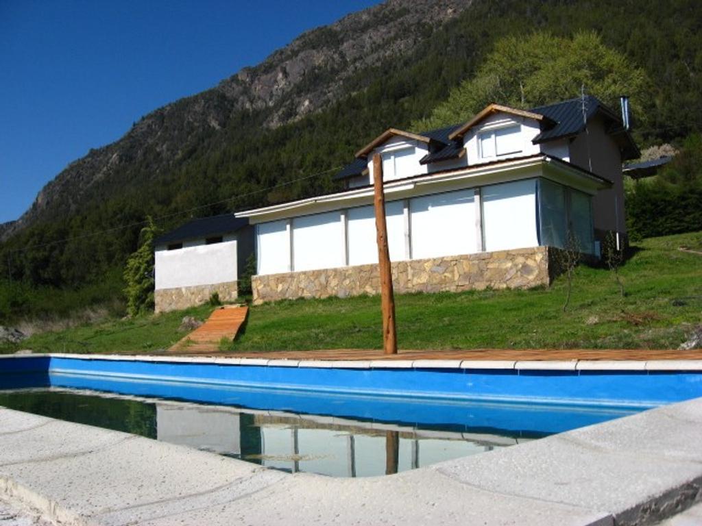 Casa c/pileta+2 cabañas+camping+plant/frambuesas