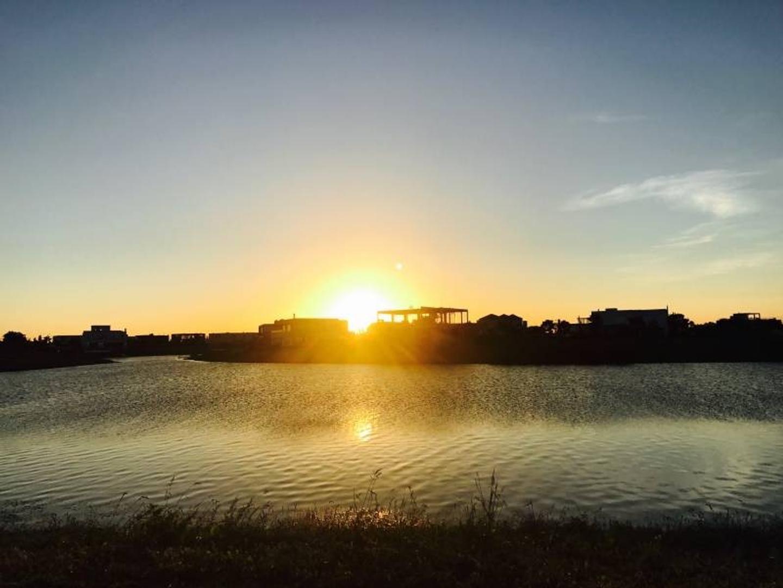 VIRAZON |  Lote en venta al lago central con entrega inmediata - 35% AL BOLETO Y 24 CUOTAS FIJAS EN