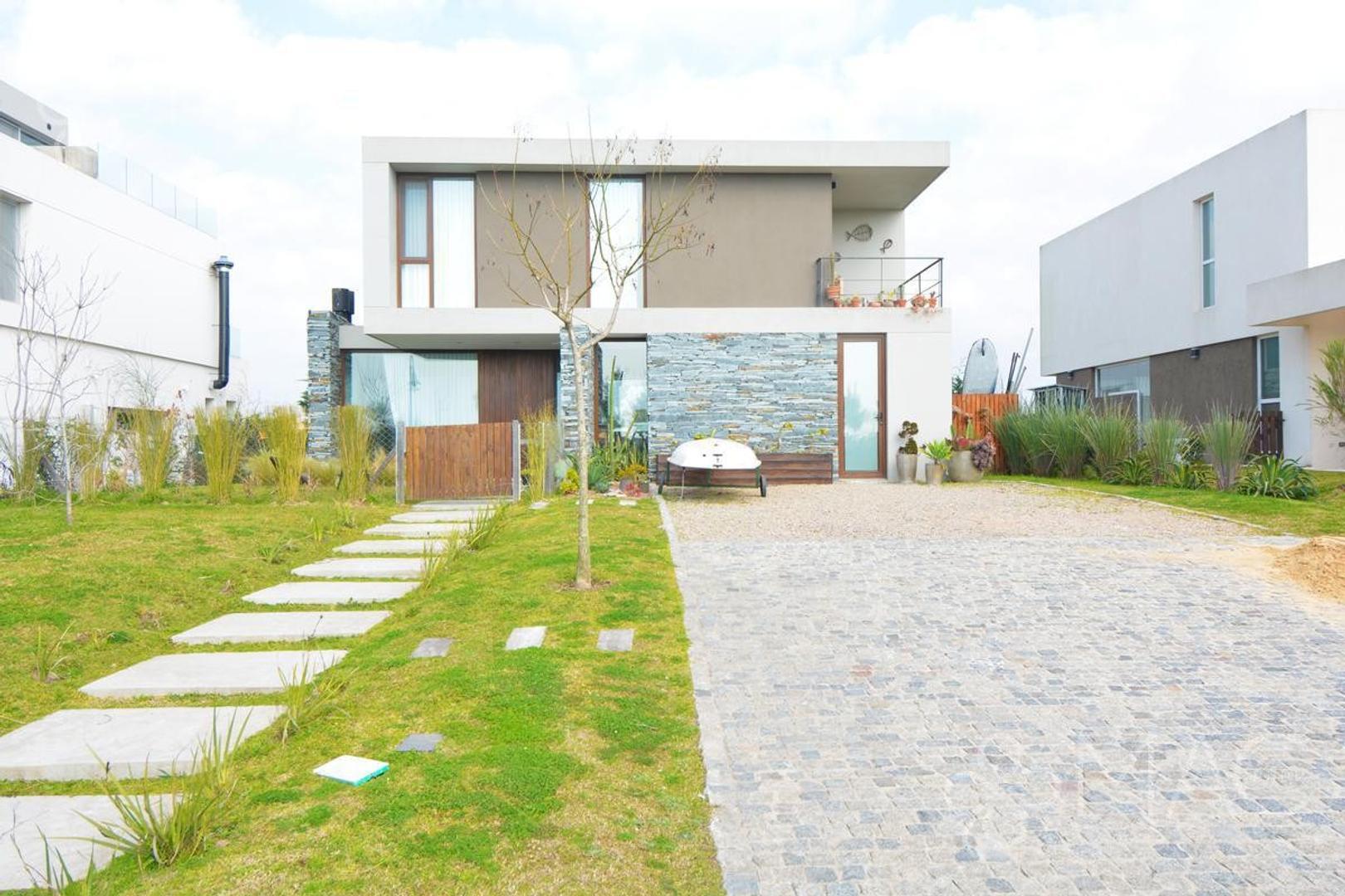 Casa en Venta en Otros barrios de Nordelta
