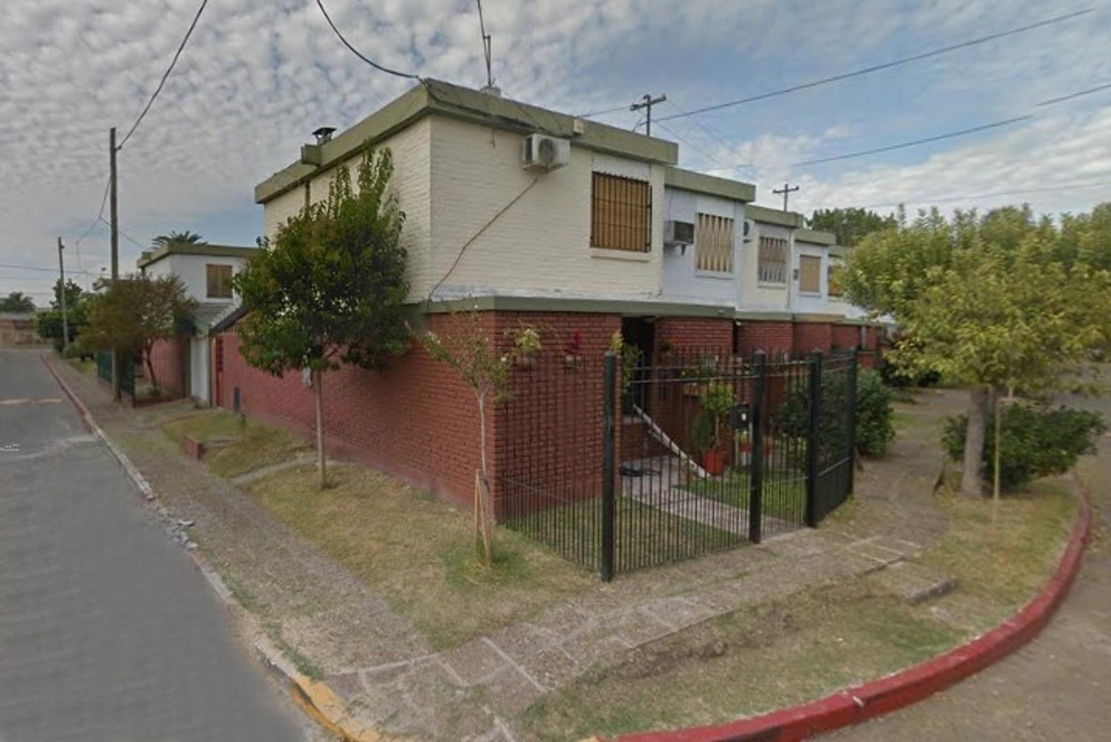 Duplex en Barrio Luz y fuerza - Reciclado a nuevo - APTO CREDITO