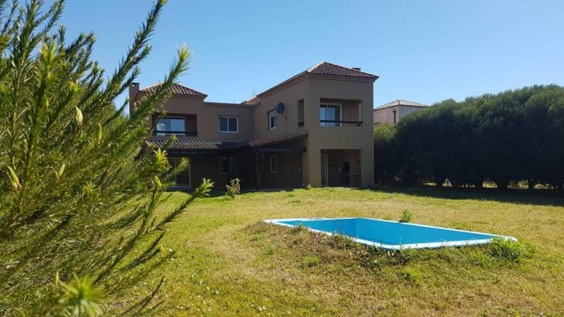 Casa en Alquiler - $ 37.000