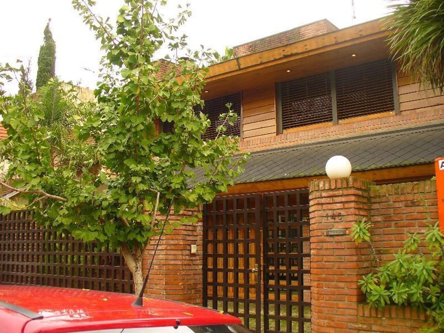 Casa en Venta en Beccar Vias / Libertador - 4 ambientes