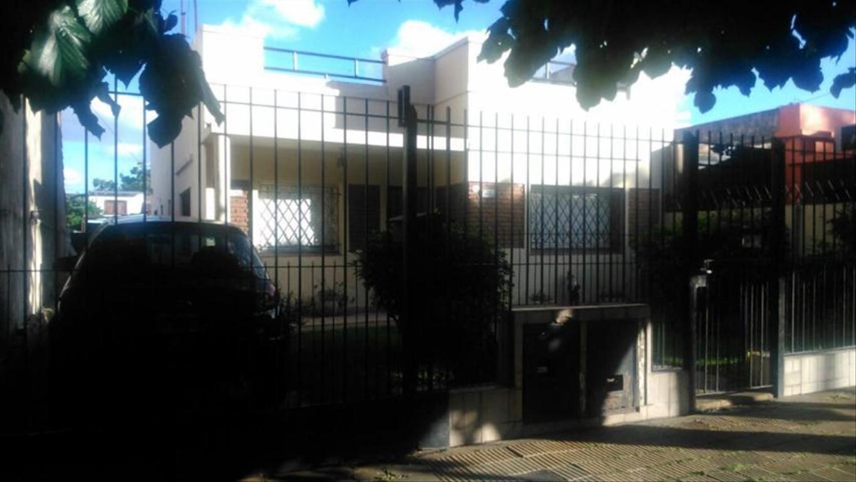 Casa en Venta de 5 ambientes en Buenos Aires, Pdo. de San Isidro, Boulogne