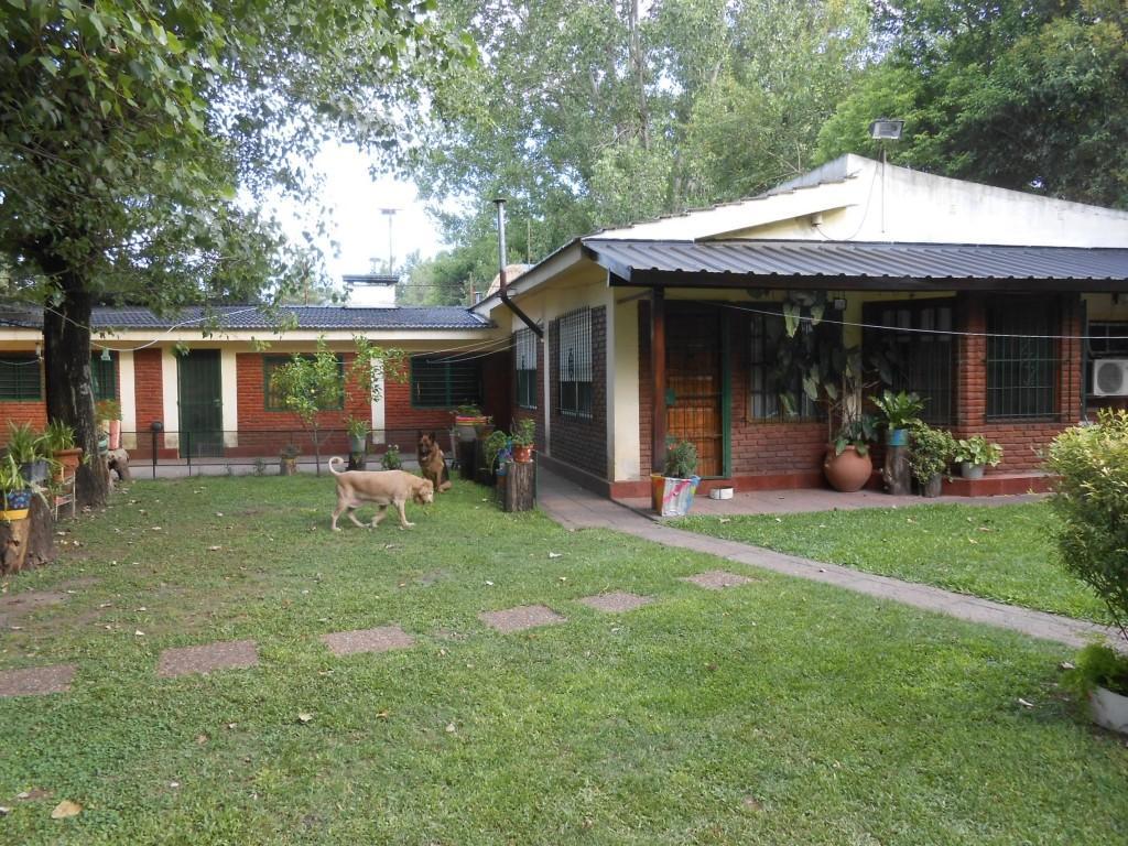 Chalet en venta Villa Udaondo