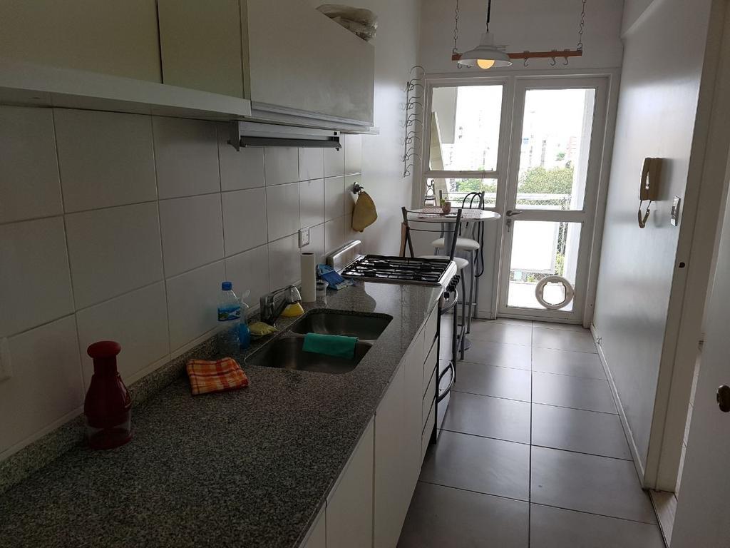 2 ambientes con cocina separada