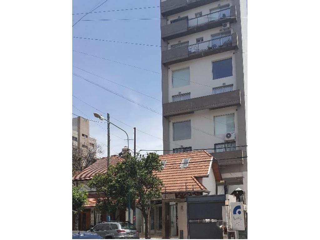 2 amb. tipo duplex excelente ubicación  y estado