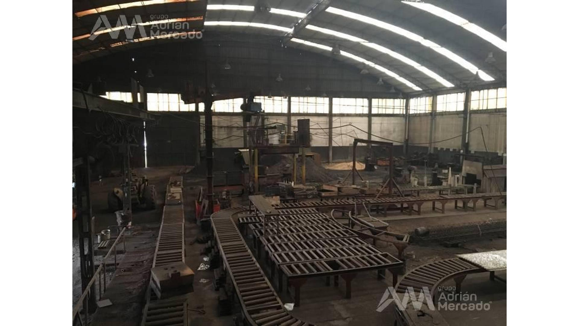 Planta Industrial de 3050 m2 cubiertos s/10900 de terreno.
