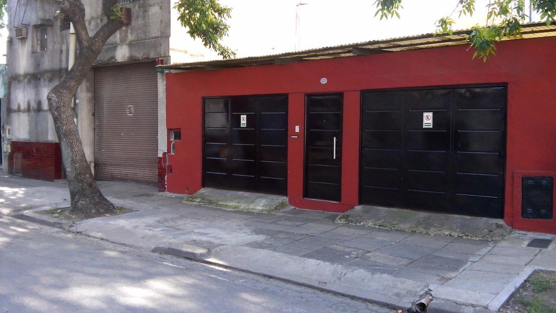 Casa en venta en Pedro Chutro 2500 - Parque Patricios - Argenprop