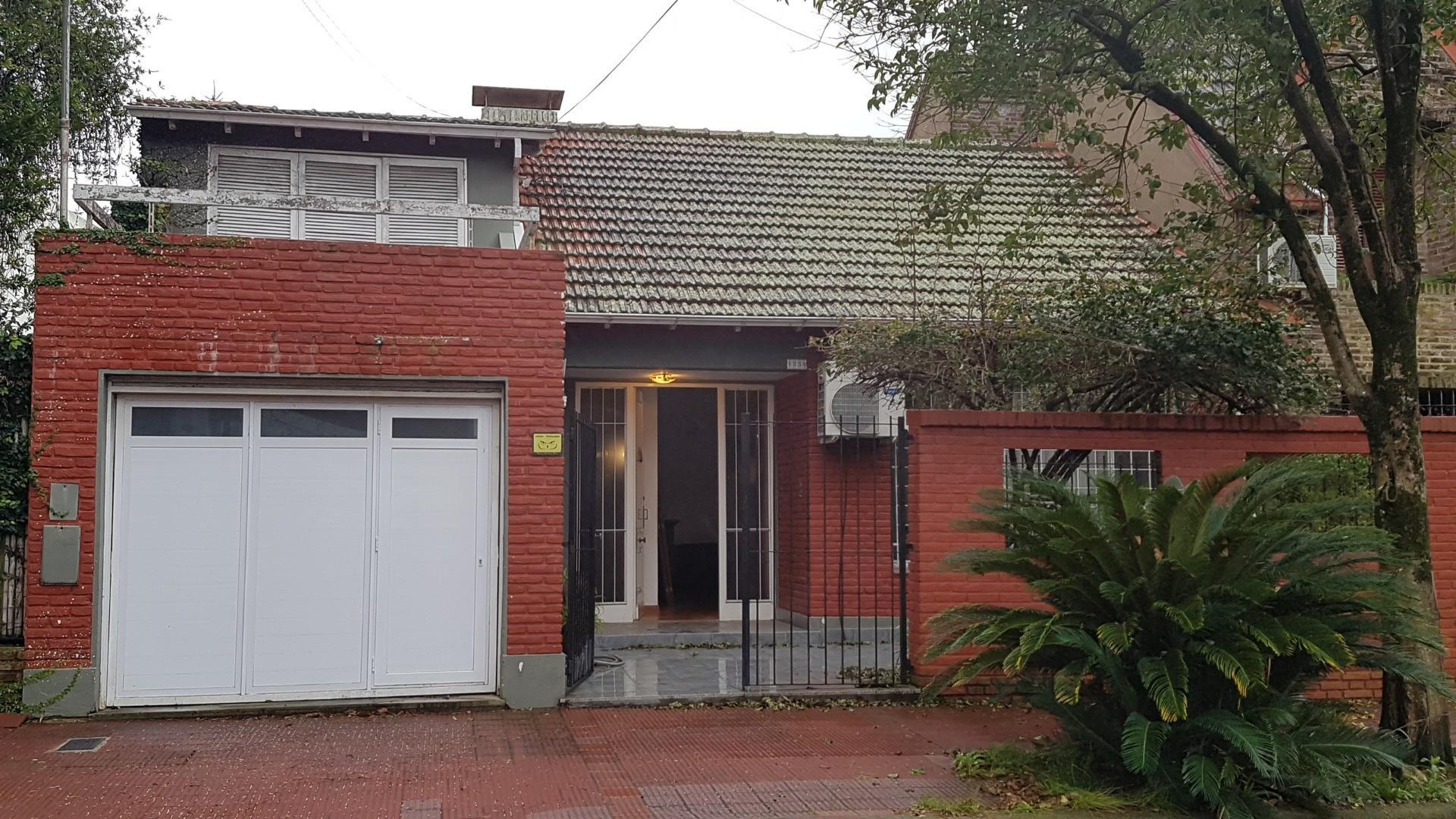 Casa en Venta en Martinez Libertador / Rio - 5 ambientes