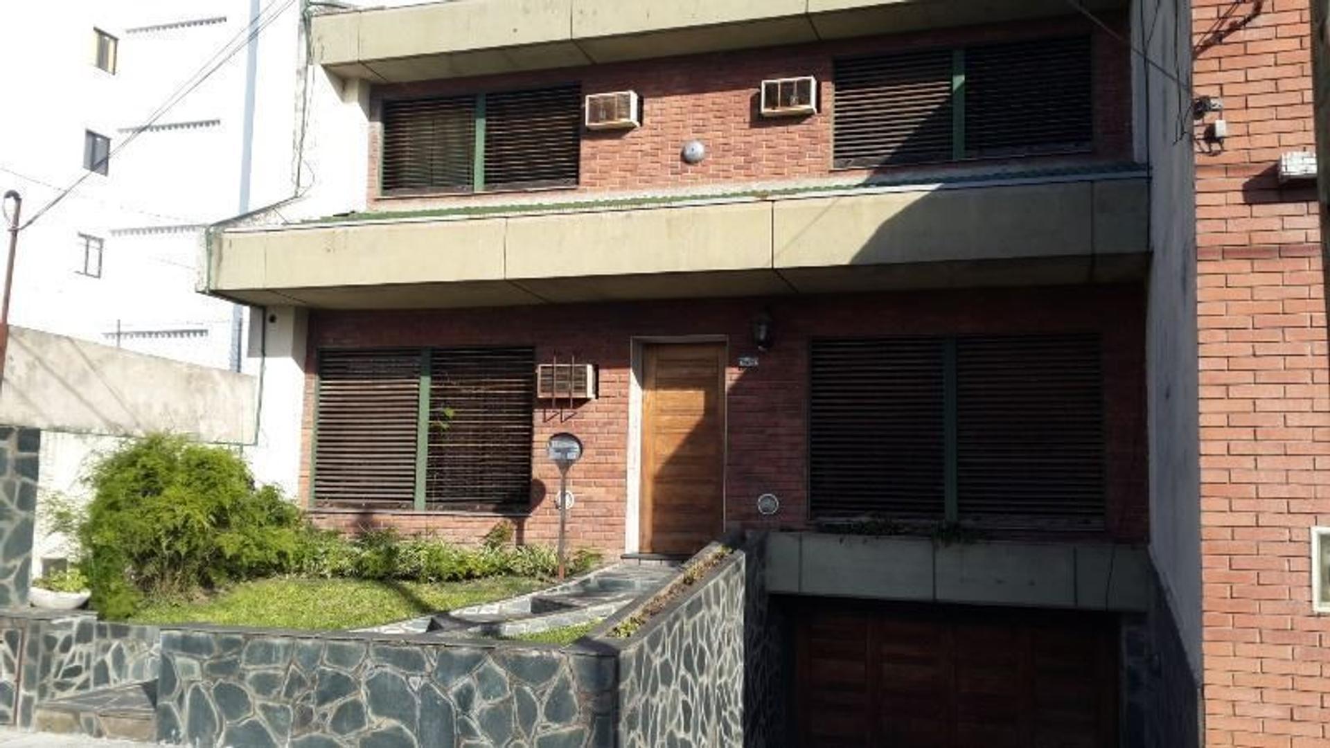 Casa venta - Caseros - San Jorge 2979 -