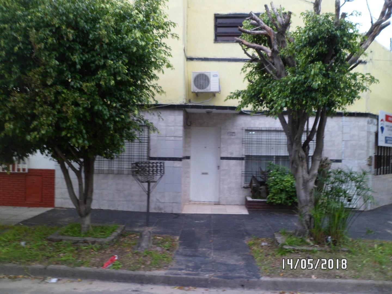 Casa de 3 amb mas departamento 2 amb ideal para dos familias o para renta