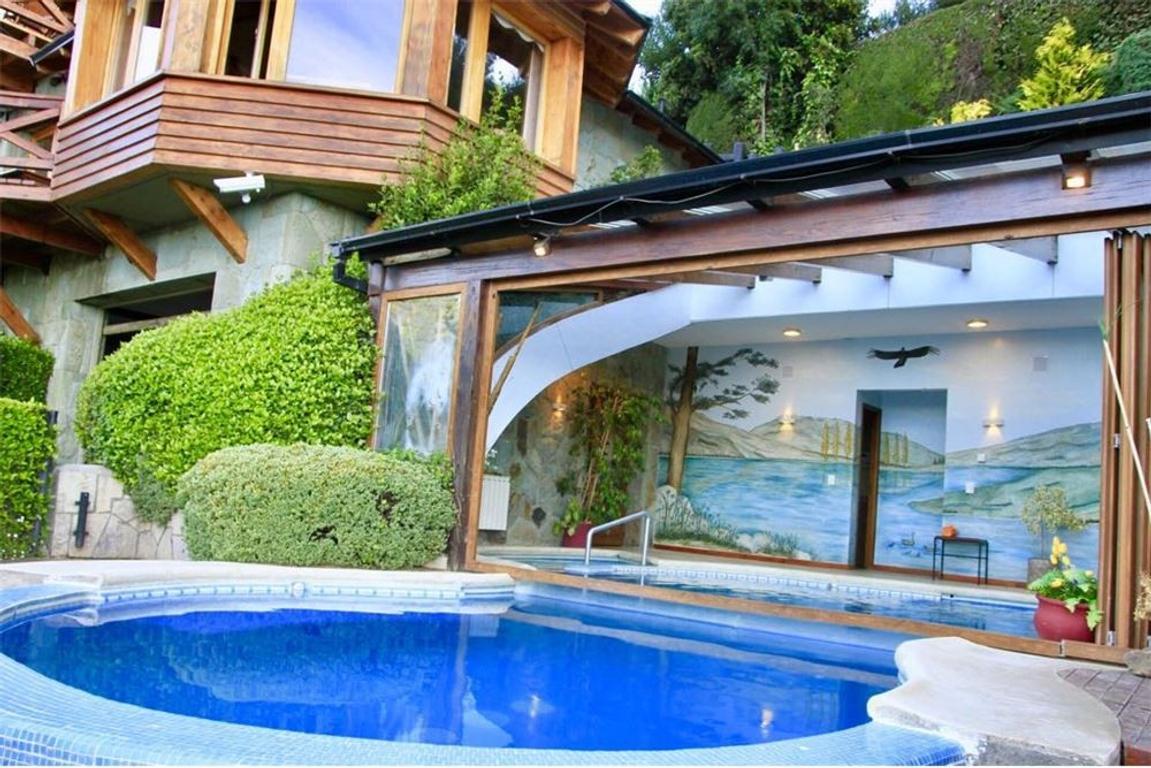 RETASADO Hotel venta a 23 km del centro de Bariloc