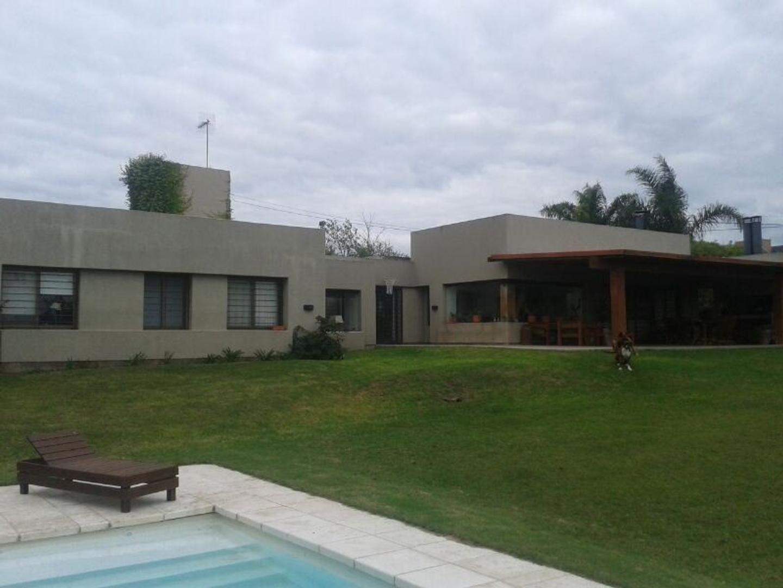 Excepcional propiedad en Villa Allende