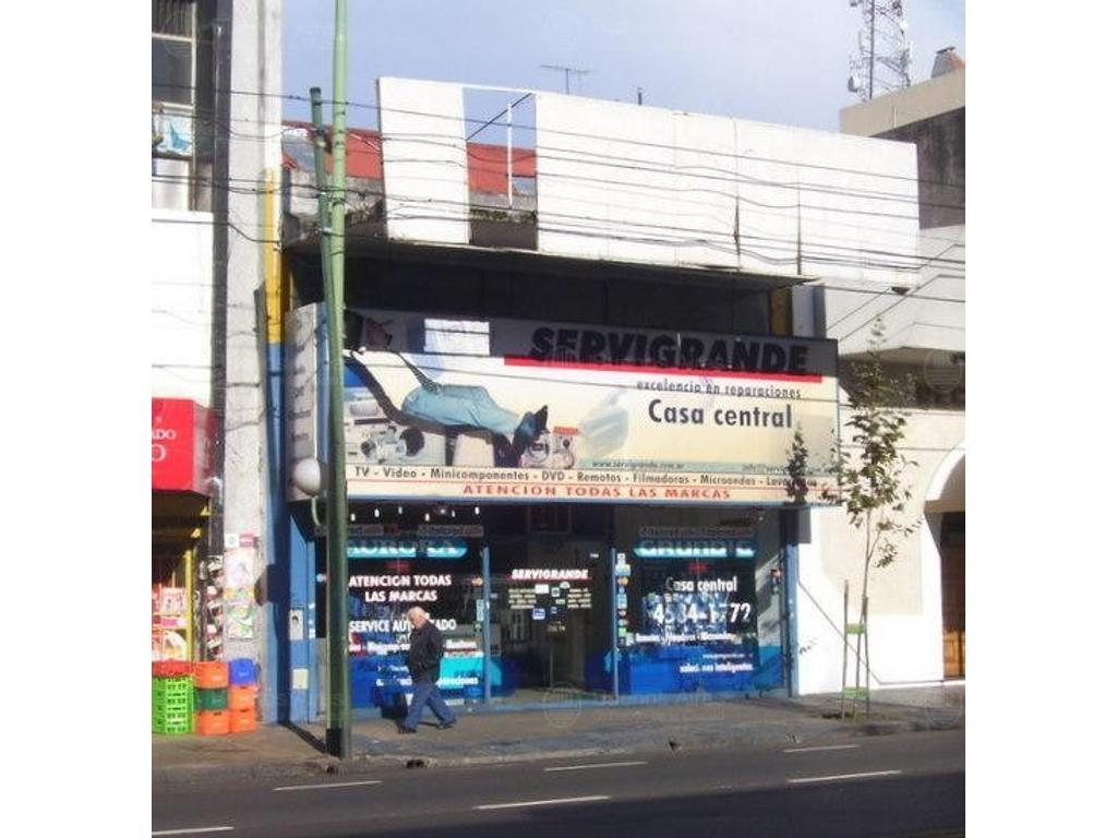 San Martin y Alvarez Jonte - Lote Propio - 500m cubiertos
