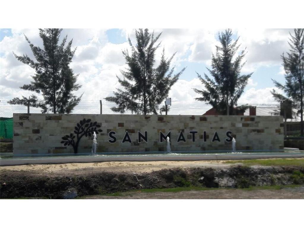 Lote interno en Barrio San Matias s/coul de sac!!!