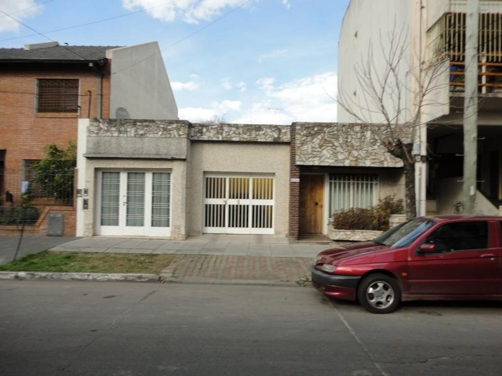 Casa - Venta - Argentina, Caseros - Ntra Sra de la Merced   AL 4500