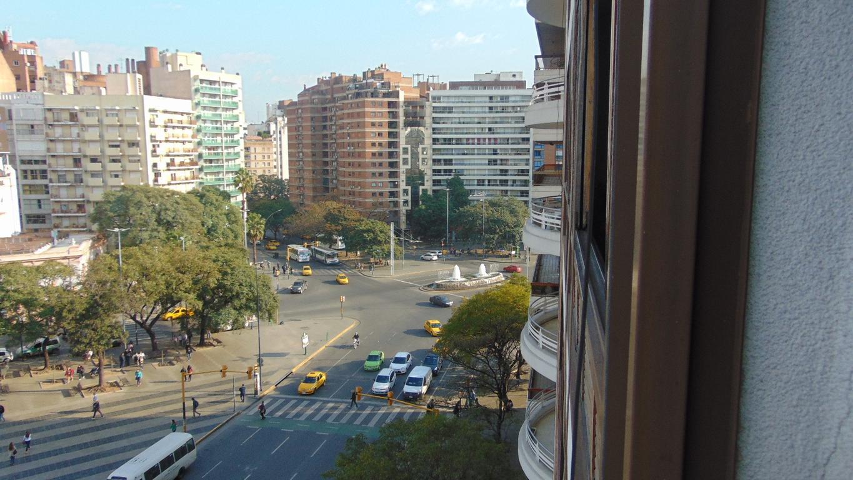 Departamento Nueva Cordoba excelente ubicacion Hipolito Yrigoyen cochera baulera