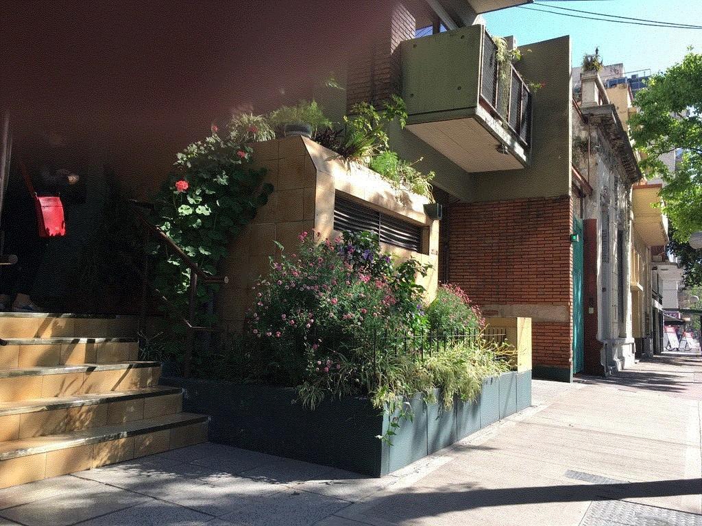 2 amb amplios SEMIPISO  frente balcón cochera