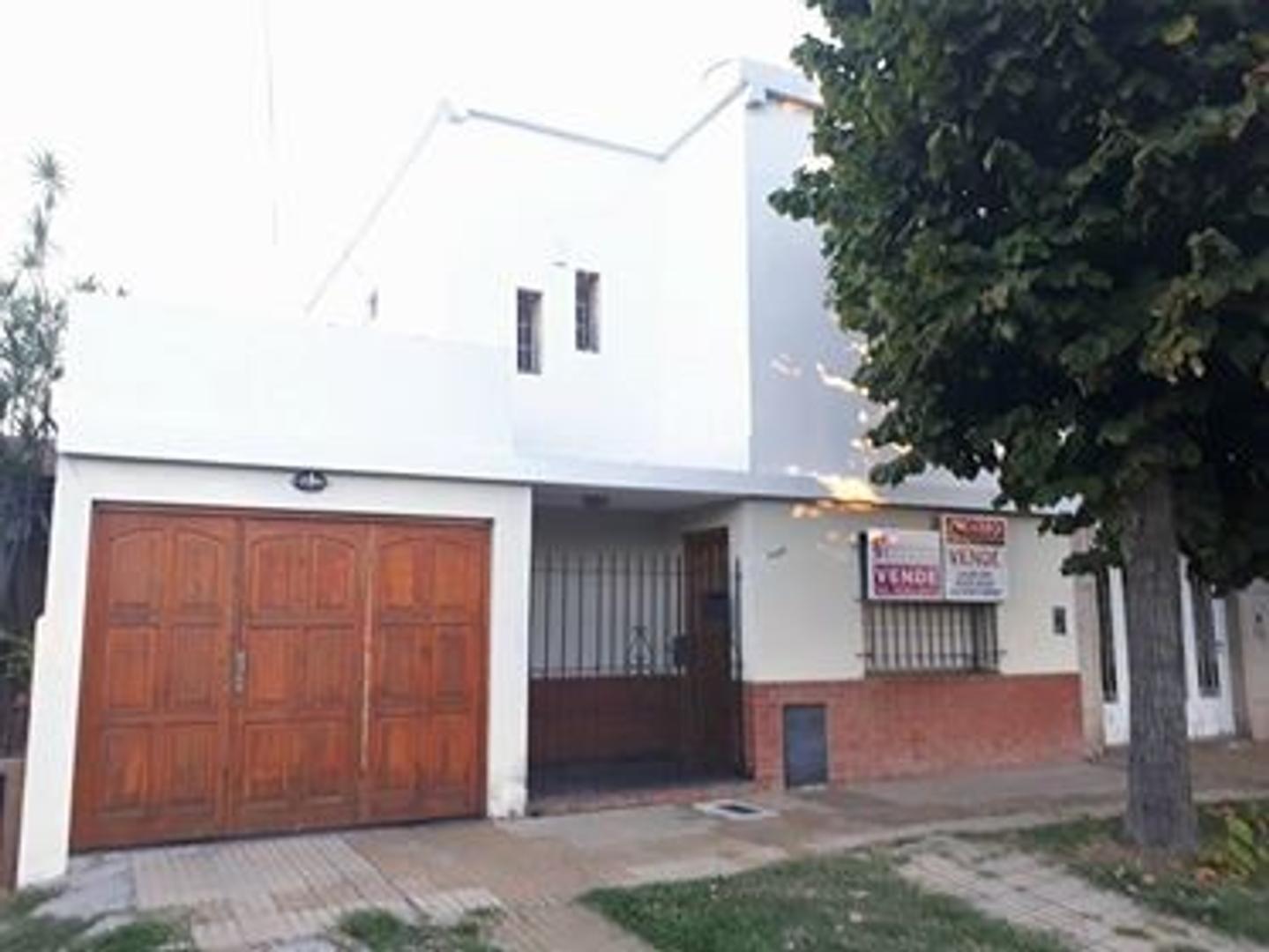 Venta casa 5 ambientes en Quilmes oeste