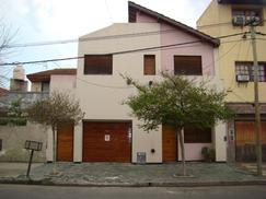 Vendo CASA Lomas del Mirador 3 Dormitorios-2 Baños-Pileta climat-Fondo-Garage-Quincho
