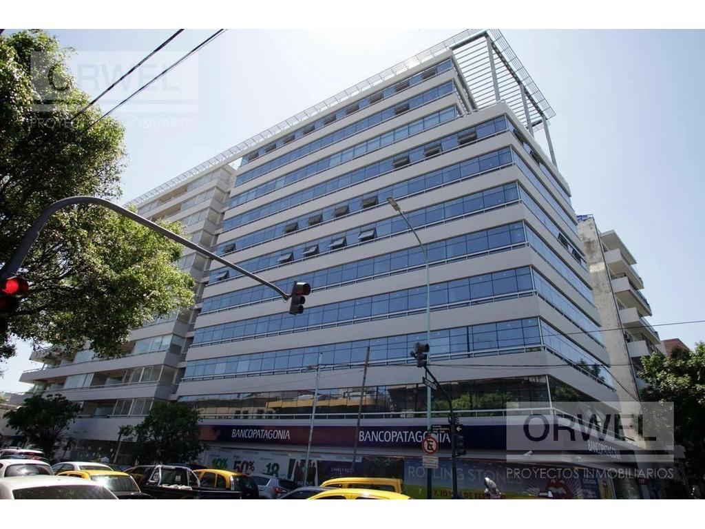 Excelente oficina de 70 m2 con cochera !!!! Edificio con Servicios !!!! Seguridad 24 hs